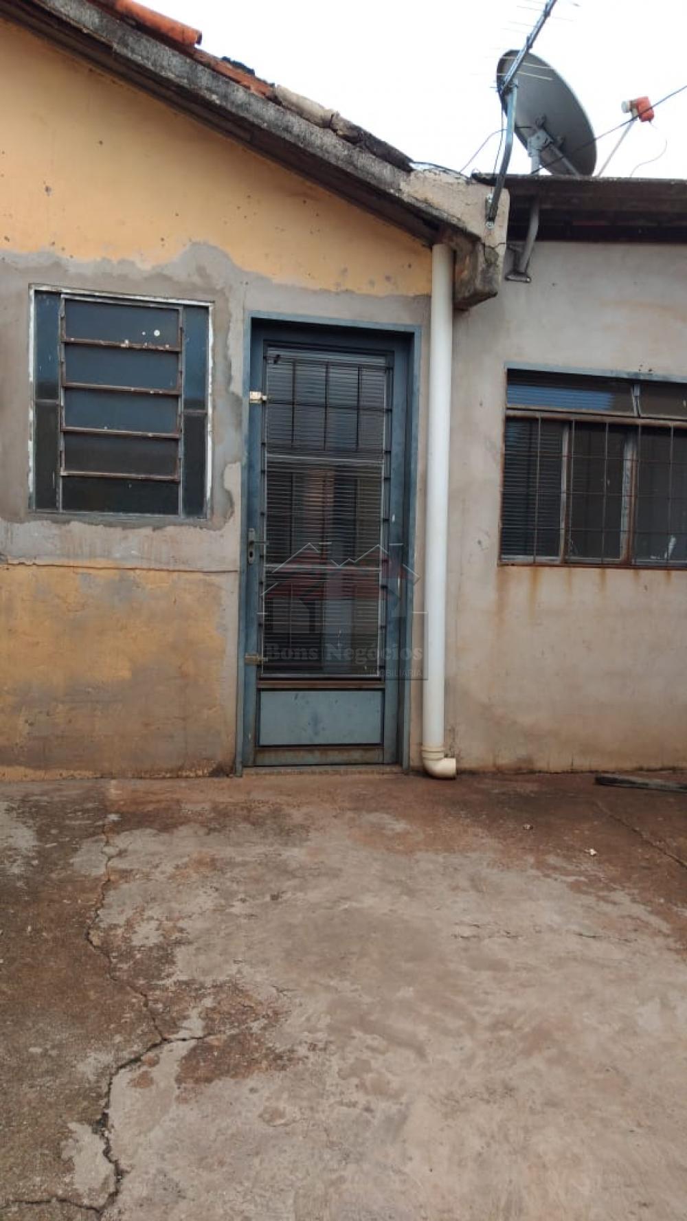 Alugar Casa / Padrão em Ribeirão Preto apenas R$ 600,00 - Foto 3